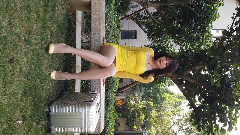 芝芝booty黄色连衣裙灰丝高跟美腿 [1V] -第1张